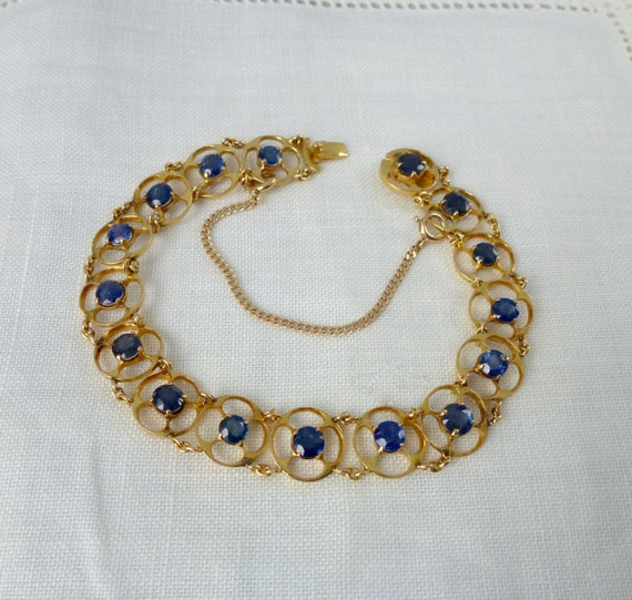 A Vintage Fine Natural 5.44 Carat Blue Sapphire Bracelet in 18kt Yellow Gold - Tressa