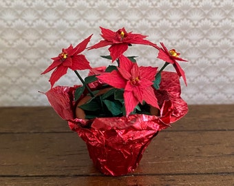 Dollhouse Miniature Christmas Poinsettia Pink /& White in Pink Foil RP1534