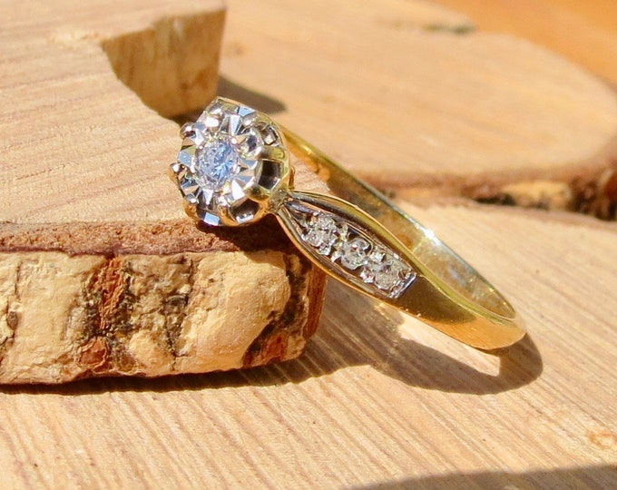 9k yellow gold diamond solitaire ring