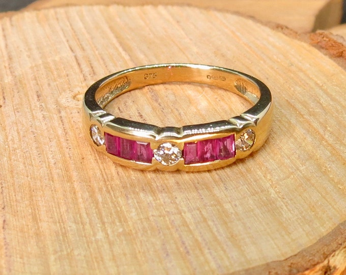 9K yellow gold ring, with baguette rubies and trilogy of diamond accents