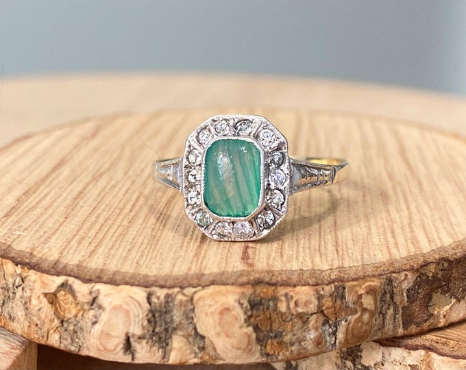 Gold agate ring. Vintage 9K yellow gold and silver green agate and white topaz ring.
