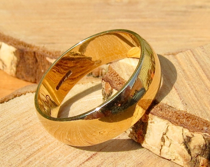 Wide  9k yellow gold band