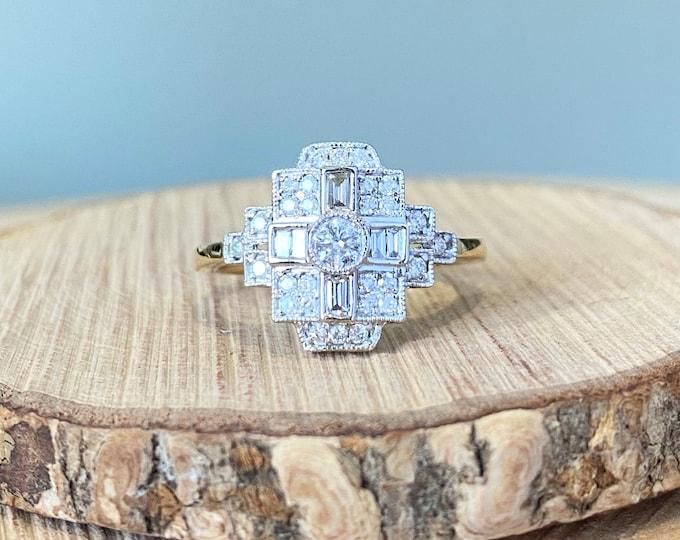 Gold diamond ring. 18K yellow gold geometric art deco style 1 carat diamond ring.