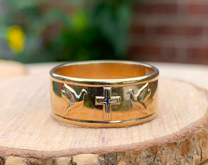Gold wedding ring. Wide 9K yellow gold Christian trilogy ring with embossed 'Lords Prayer'.