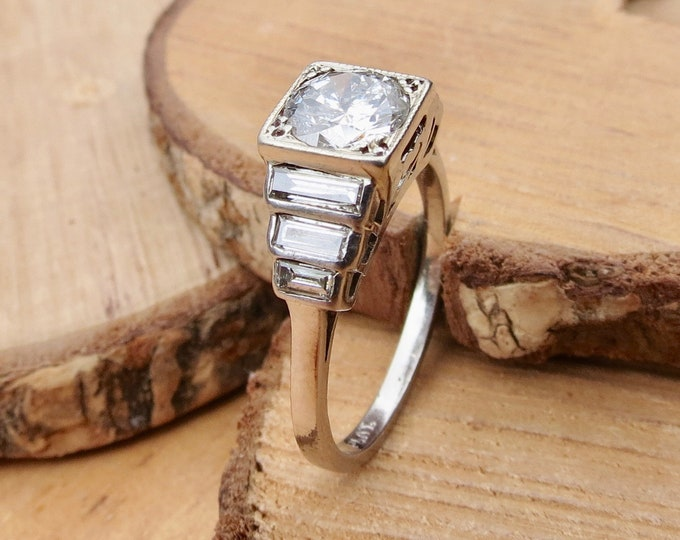 Art Deco platinum 2ct diamond ring