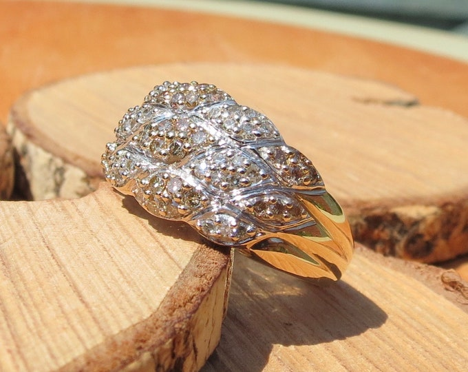 Gold diamond ring, 9k yellow gold, 3/4 carat white and champagne diamond ring.