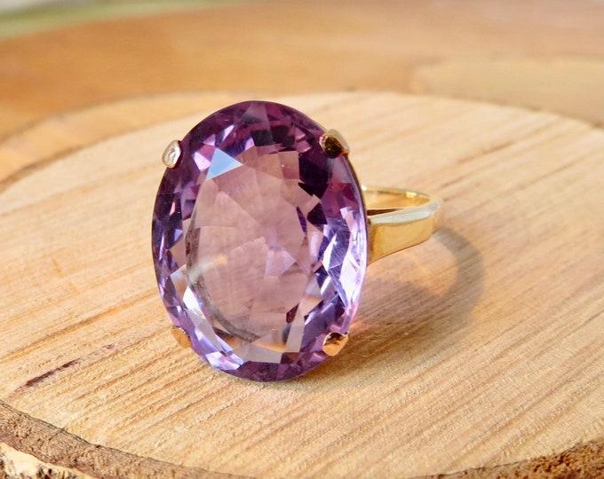 Big 12.75 carat 10K yellow gold amethyst ring
