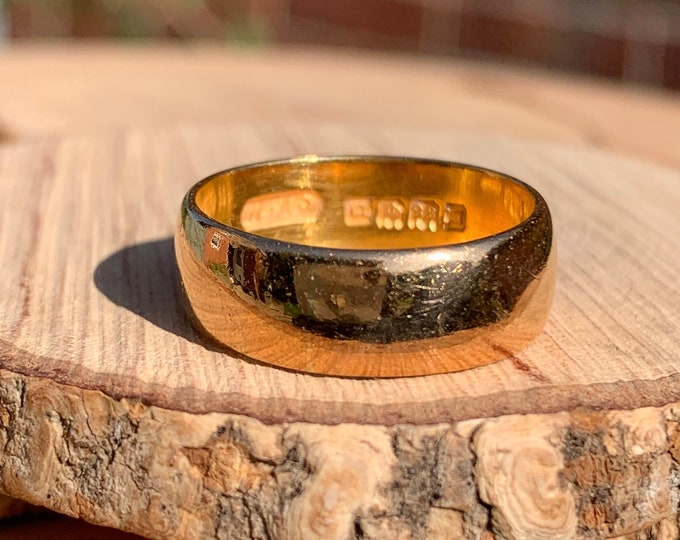 22K Gold ring, Antique wide band, Georgian 1918, over 100 years old.