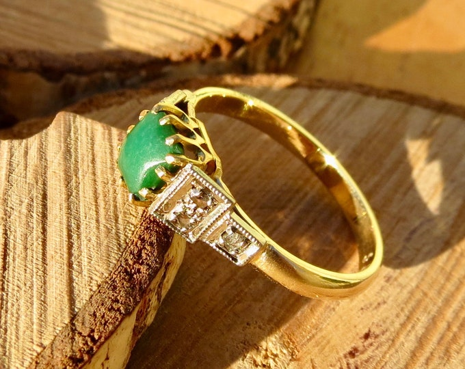Art Deco 10k yellow gold and platinum Jade and old mine cut diamond ring