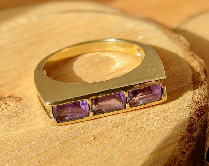 9K yellow gold amethyst ring