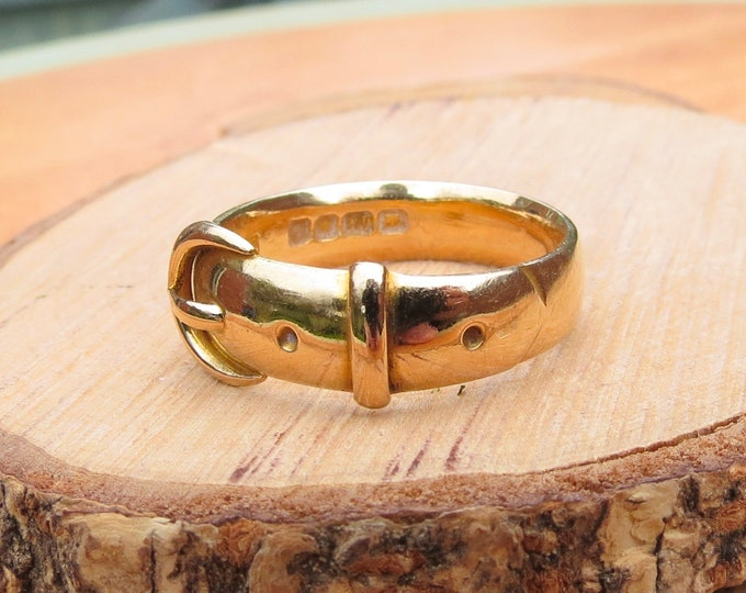 18K gold ring, heavy 18K yellow gold buckle ring