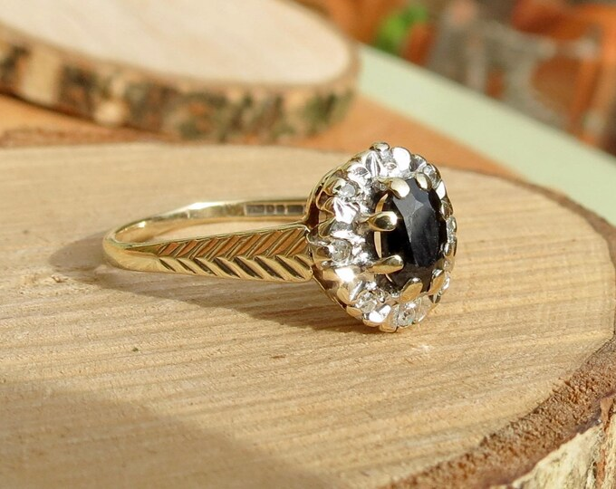 Vintage 9k yellow gold midnight blue sapphire and diamond ring