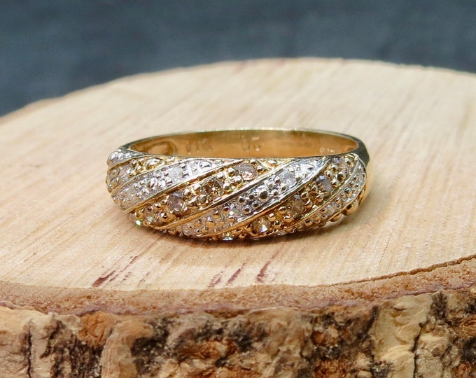 Gold diamond ring, 9k yellow gold white and champagne diamond ring.