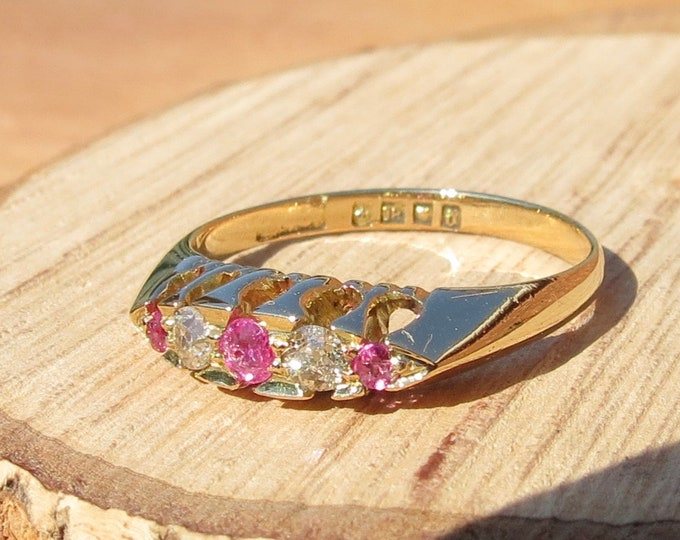 Gold sapphire ring. Antique 18K yellow gold 'old mine cut' diamond and natural pink sapphire ring, made in 1919