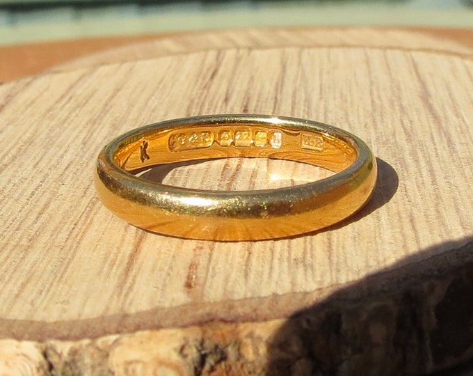 22K Gold ring, Art Deco yellow gold vintage wedding band made in 1932