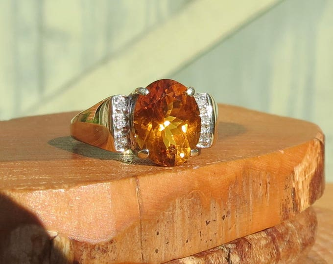 Vintage 9K yellow gold honey citrine and diamond ring