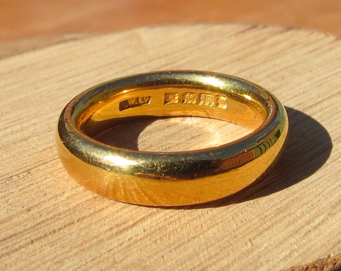 22K Gold ring, heavy Art Deco yellow gold vintage wedding band made in 1922