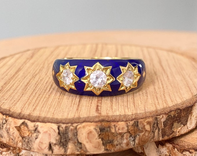 Gold diamond ring. Vintage 18k yellow gold cobalt blue enamel diamond trilogy ring. Large finger size.