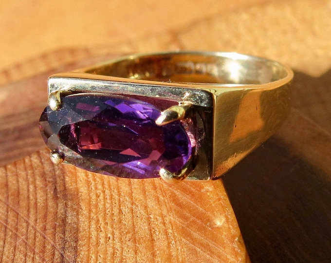 Gold amethyst ring, vintage 9K made in 1971