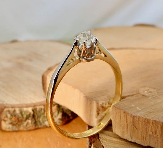 Antique 1/4 Carat 'old mine cut' diamond solitaire 18k yellow gold & platinum ring.
