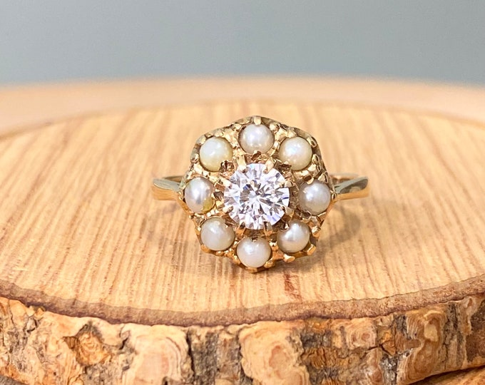 Gold topaz ring. Vintage 1960s ornate 9K yellow gold white topaz and pearl ring.