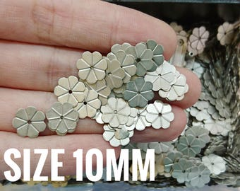 200 pcs, 10mm brass sequin, flower, metal flower, thin metal disc