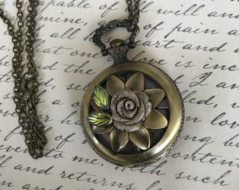 Pocket Watch, Jewelry, Flower Jewelry, Steampunk Jewelry, Gear and a Watch, Necklace, Bridesmade Gifts, Woman's gifts