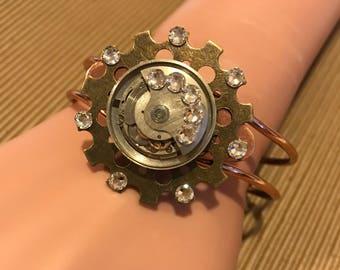 Moving Steampunk Cuff, Copper Cuff, Steampunk Bracelet,Steampunk Jewelry, Clockworks, Watch Movement, Cosplay, Neo Victorian