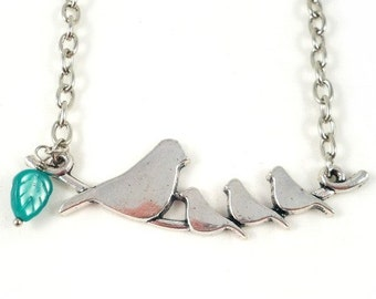Chain bird family