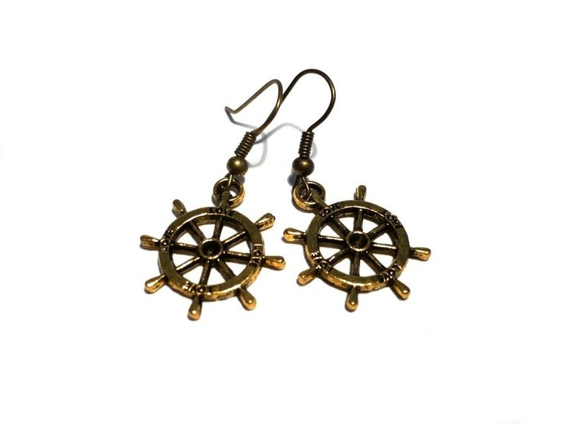 Steering wheel Earrings image 0