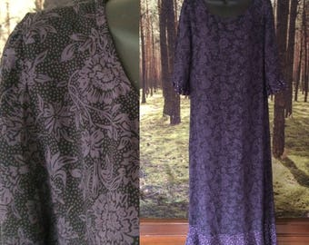 Witchy 90s Rayon Maxi Dress / Subtle Floral Print / Midnight Blue