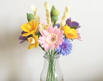 Craft kit: DIY Felt Flowers - Cottage Garden Bouquet