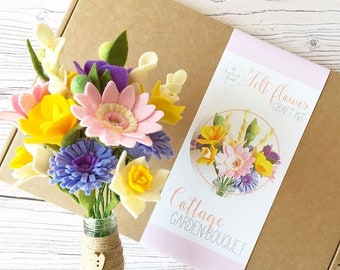 Felt flower craft kit: DIY Felt Flowers - Cottage Garden Bouquet