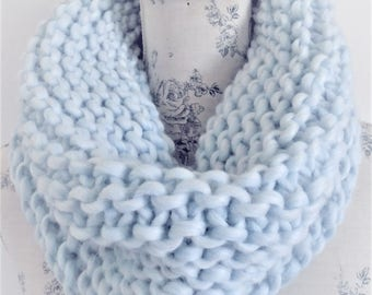 Super Chunky Cowl Knitting Pattern. PDF Knitting pattern. Easy to Knit. Infinity Cowl. Scarf.