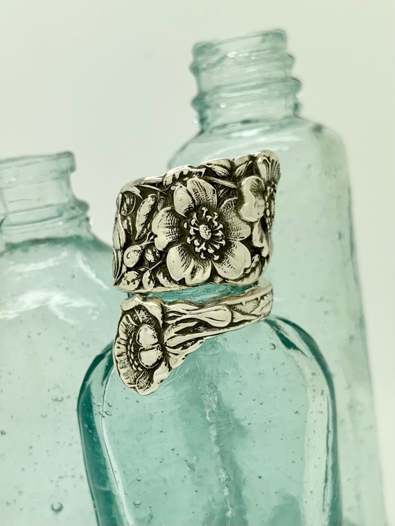 Size 9.5 Vintage Sterling Silver, January, Wild Rose, Spoon Ring