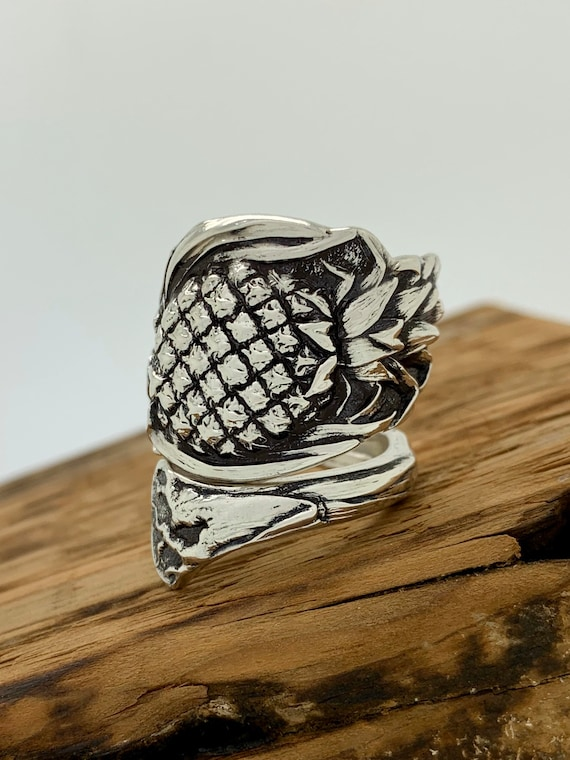 Size 9.5 Vintage Sterling Silver spoon ring, Pineapple