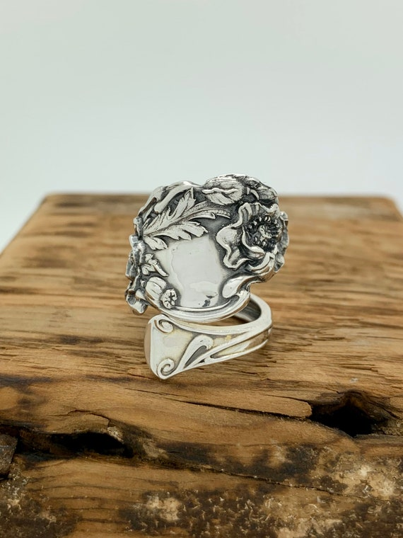 Size 8.5 Vintage Sterling Silver Spoon Ring, Poppy