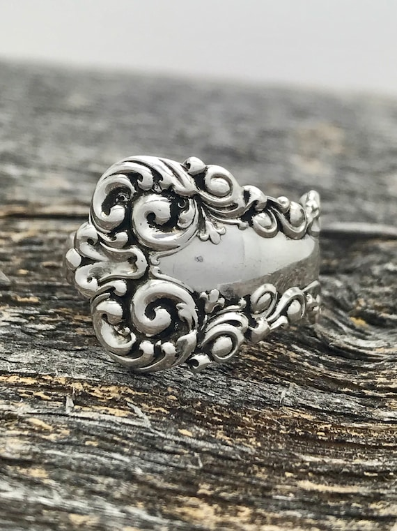 Single wrap style, Vintage Sterling Silver Spoon Ring