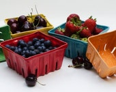 Ceramic Berry Basket, Berry Box, Fruit Basket, Fruit box, Berry Bowl, Colorful Ceramics, Strawberry, berry
