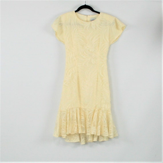 7cf5ae698c 80s Lace Dress Women XS Cream Dress Party Dress Short Sleeve