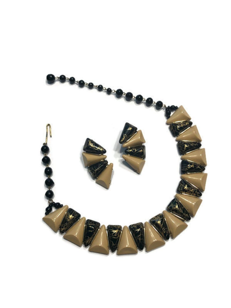 Thermoset Lucite Necklace and Bracelet Black and Tan Confetti Lucite Jewelry Set Vintage 1950s Demi Parure Costume Jewelry