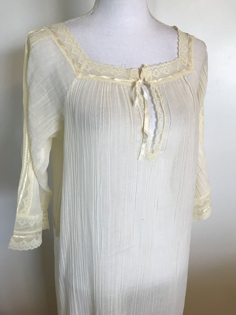 CHRISTIAN DIOR Lingerie Nightgown Vintage Saks Fifth Avenue  dacaf9be4