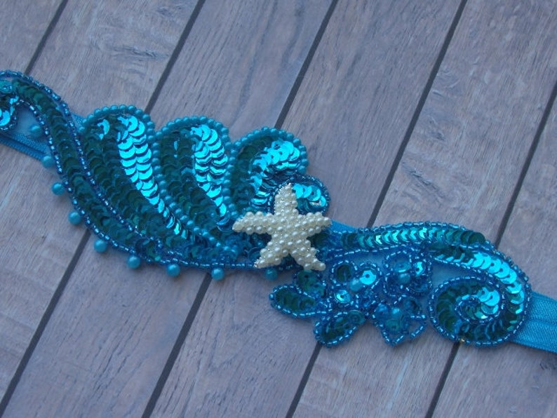 Something Blue Wedding Garter, Starfish Beach Wave Wedding Garter with Starfish Starfish Bridal Garter Blue Beach Wedding Garter Belt