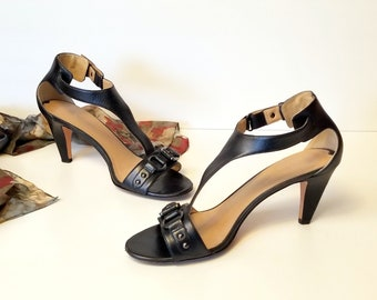 b8813f2c5878 80s VIA SPIGA T-Strap Heels - Buckle   Stud Trim - Black Leather Vintage  Pumps - Black High Heels - Size 8.5 Medium