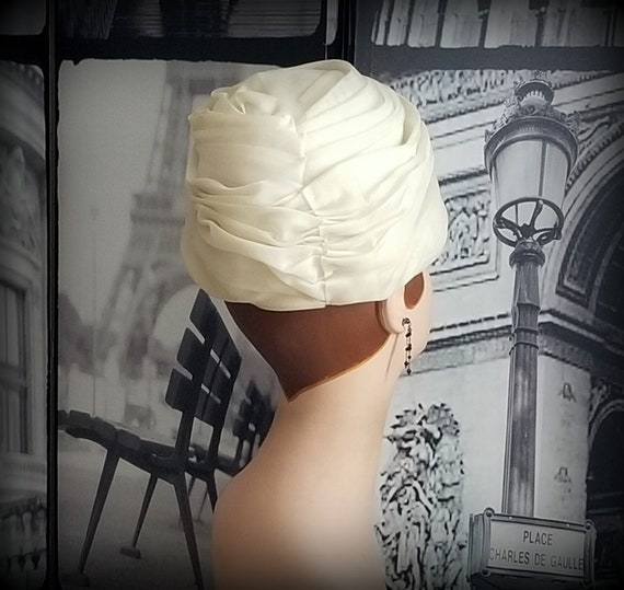 60s CHRISTIAN DIOR Turban - Vanilla Ice Ruched Or… - image 4