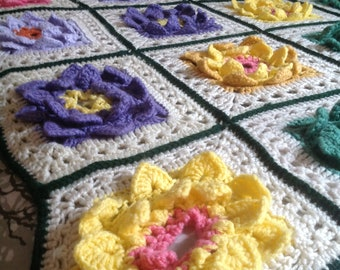 Vintage Handmade Crochet 3-D Rose Floral AfghanThrow Spring Garden