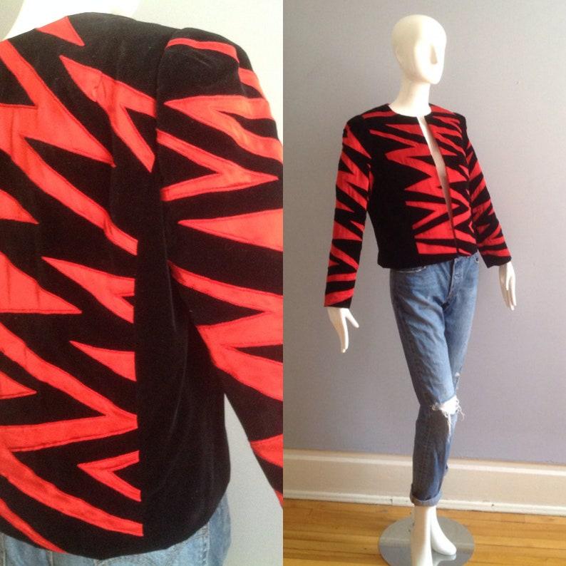 Vintage 80s Jan Vanvelden London Blazer ~ Black Velvet with Red Satin Avant  Garde Zebra Design ~ Cropped Modern Jacket
