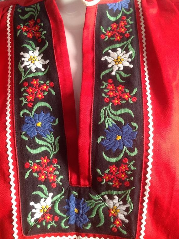 Vintage Hand Embroidered Peasant Blouse ~ Hungari… - image 6