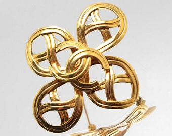 Authentic CHANEL Vintage Large Gold Plate CC Emblem Brooch Pin