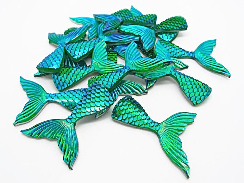 Mermaid Tail Cabochon Resin Scales Fairy Tale Flat Back Flatback Green 40mm